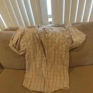 Like new men's Columbia button dow…